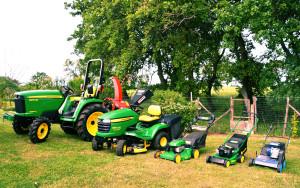 lavori di pulizia e manutenzione giardini per piccole e grandi estensioni